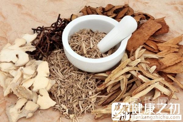 picturepile_21213447-stock-photo-chinese-herbal-medicine.jpg