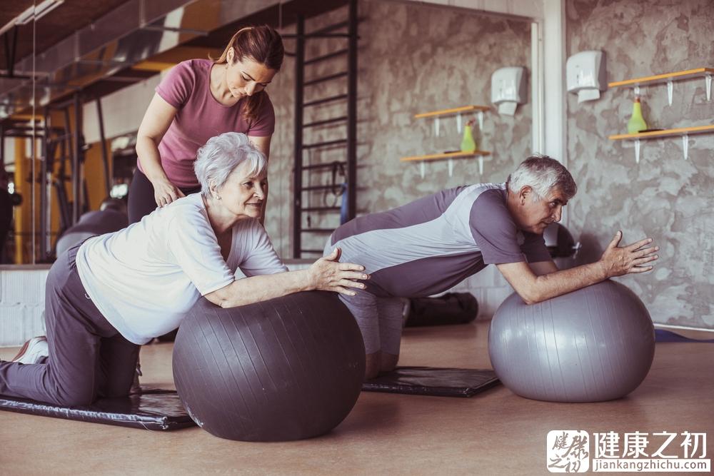 老人运动3.jpg